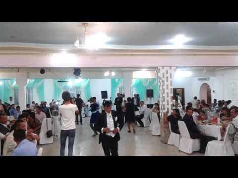 Видео: Самый красивый уйгурский танец 2