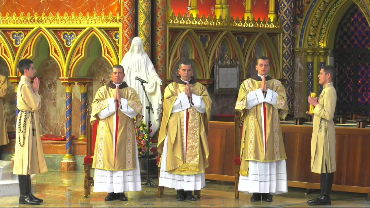 Arautos do Evangelho - Missa ao vivo Todos os Santos