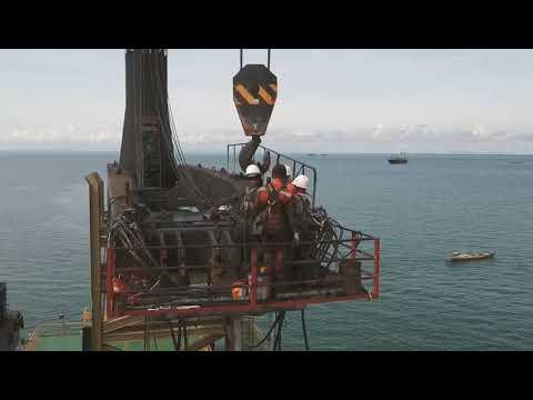 Proses Penggantian Pulley Crane Barge Merk Macgregror