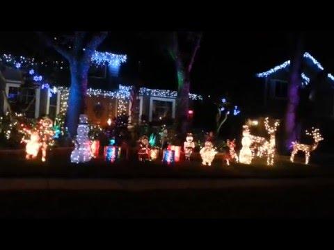 Lake Park Christmas Lights