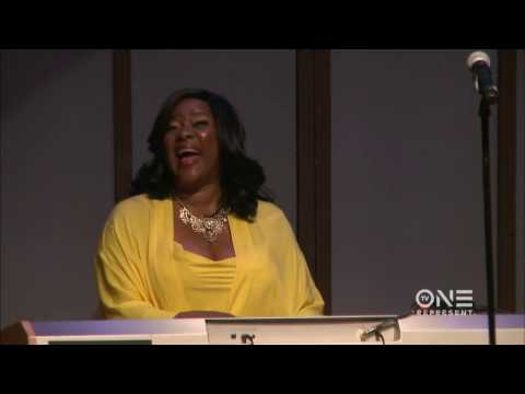 "Loretta Devine CRUSHES ""Amazing Grace"" | The Lost Souls Cafe"