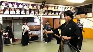 """Nuki-Uchi (抜打)"" Turns the blade"