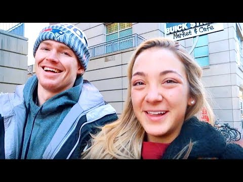 Coffee & Bagel Date | Vlogmas Day 8