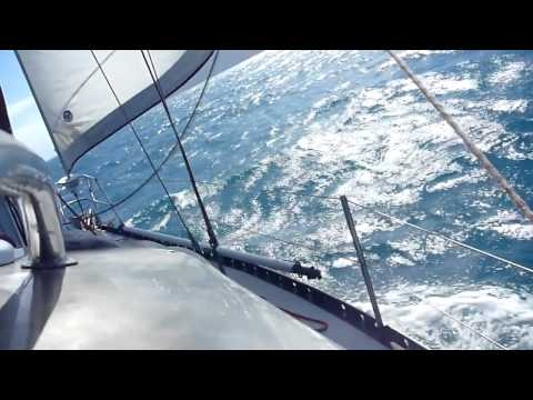 Sailing Whitsundays to Magnetic Island