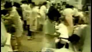 Секта 'Аум Синреке' применяет газ зарин в токийском метро