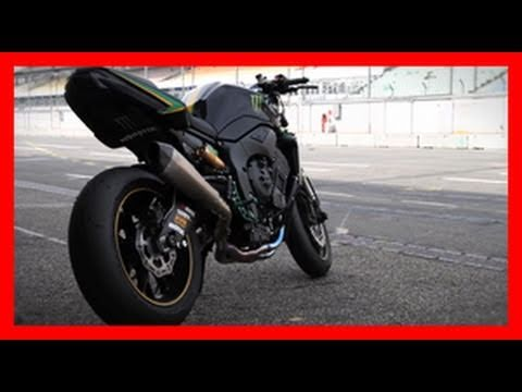 PS Tuner GP 2010 / KTM vs. Triumph Battle / Stuntriding
