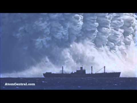 لحظة انفجار قنبلة نووية في عمق البحر HD رهيبة