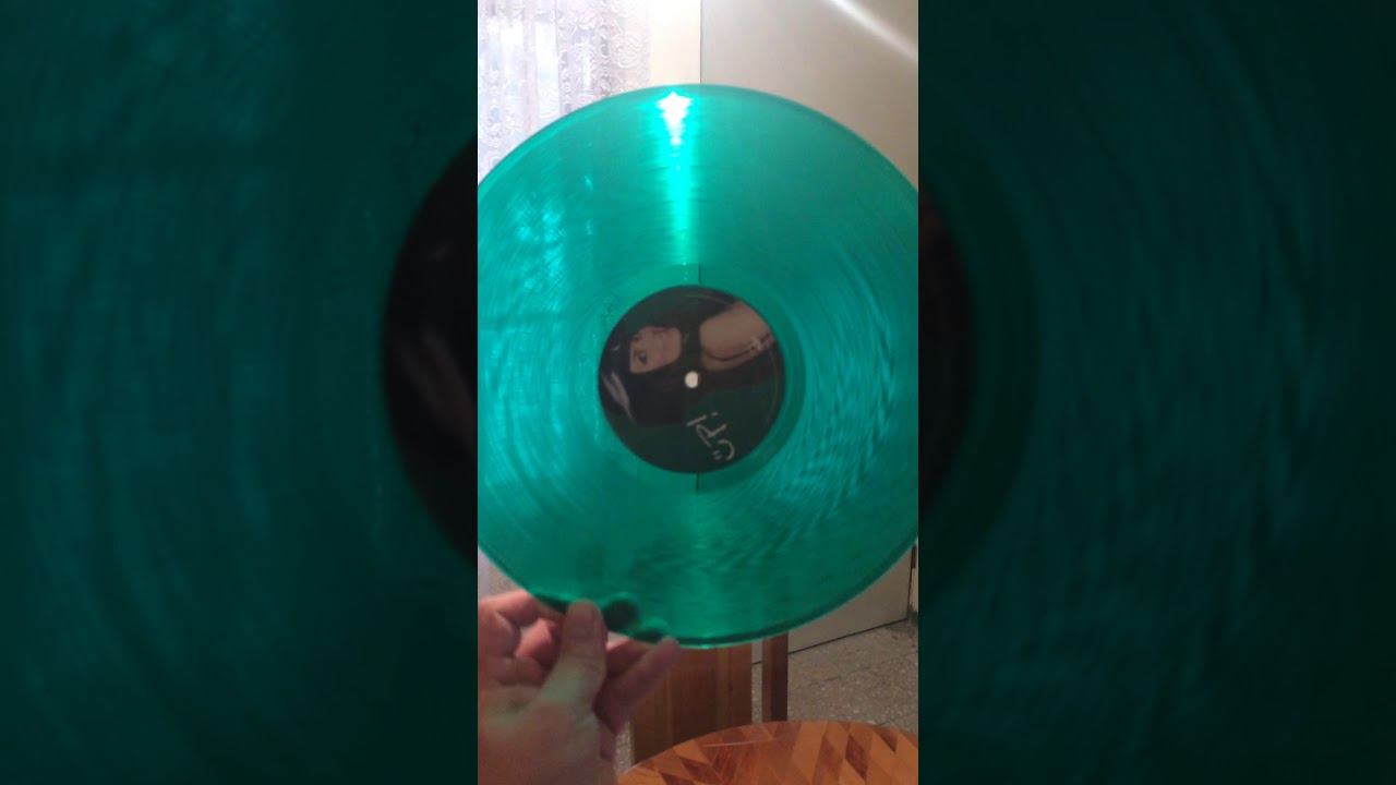 Shania Twain Up Red Amp Green Vinyl Unboxing Youtube