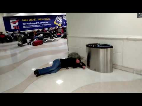 Freezing sleeping on the floor in Fort Lauderdale Airport