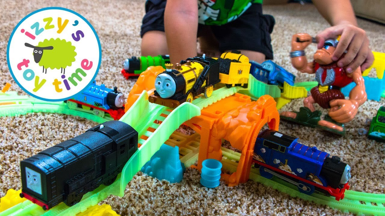 Roblox Toys Many Sets And Figures To Tiendamia Com Thomas The Train Trackmaster Glowing Mine Set