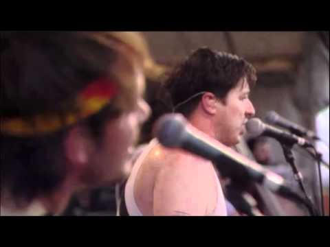 Mumford & Sons - 03 - Winter Winds @ Bonnaroo 2011.wmv