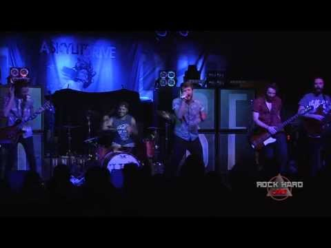 Hands Like Houses ~ Introduced Species ~ 3/21/14 on ROCK HARD LIVE