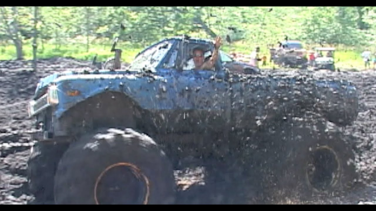 DEEP MUD, BIG TRUCKS - YouTube