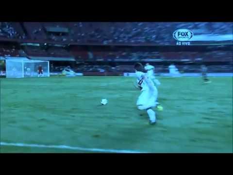 Gol Wellington - São Paulo 1-2 Corinthians Güney Amerika Recopa 2013 özeti