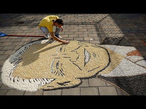 شاهد: فنان من كوسوفو يرسم صورة لبايدن باستخدام الحبوب والبذور…  - 09:00-2021 / 1 / 19