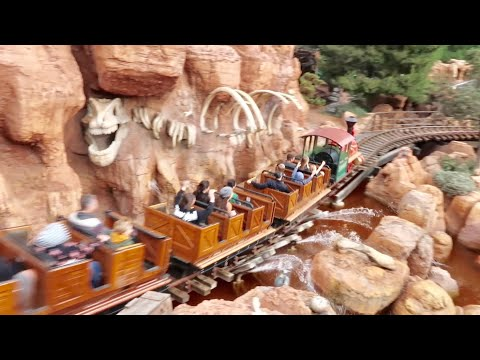 ALL DAY on Big Thunder Mountain Railroad Coaster Challenge - 30 Ride Thru's / Every Seat Both Sides