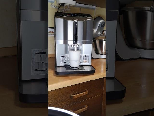 Siemens Kávéfőzővel (EQ3 s300)  Tejhabosítás.  Latte készítés. Tejhab készítés.