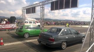 Daewoo Nexia GT vs  Honda Civic