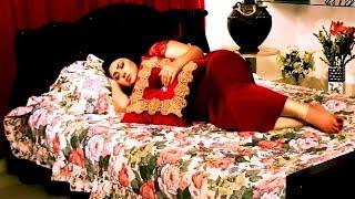 অপু বিশ্বাস বেডরুমে কি করে দেখুন / Apu Biswas new movie