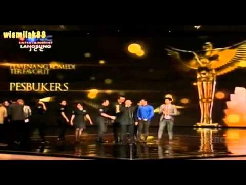 PESBUKERS Komedi Terfavorit PANASONIC GOBEL AWARDS 2013