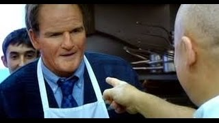 Gordon Ramsay cooks in disguise