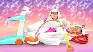 Смешное видео для детей – Единорожка делает уборку – Игры для девочек одевалки.