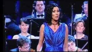 Erika Miklósa - Rossini: Il barbiere di Siviglia - Una voce poco fa - Rosina