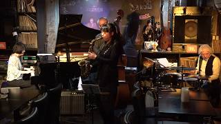 Dec.5.2017 at Jazz38 in TOKYO 高橋里実(ts), 坂本千恵(p), 柳原たつお...