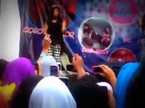 Jelly   Batu Live In Bekasi Square