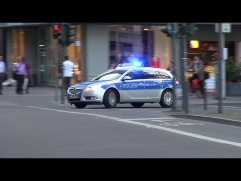 opel insignia streifenwagen polizei frankfurt mit hella. Black Bedroom Furniture Sets. Home Design Ideas
