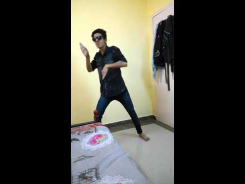 ABCD robot dance