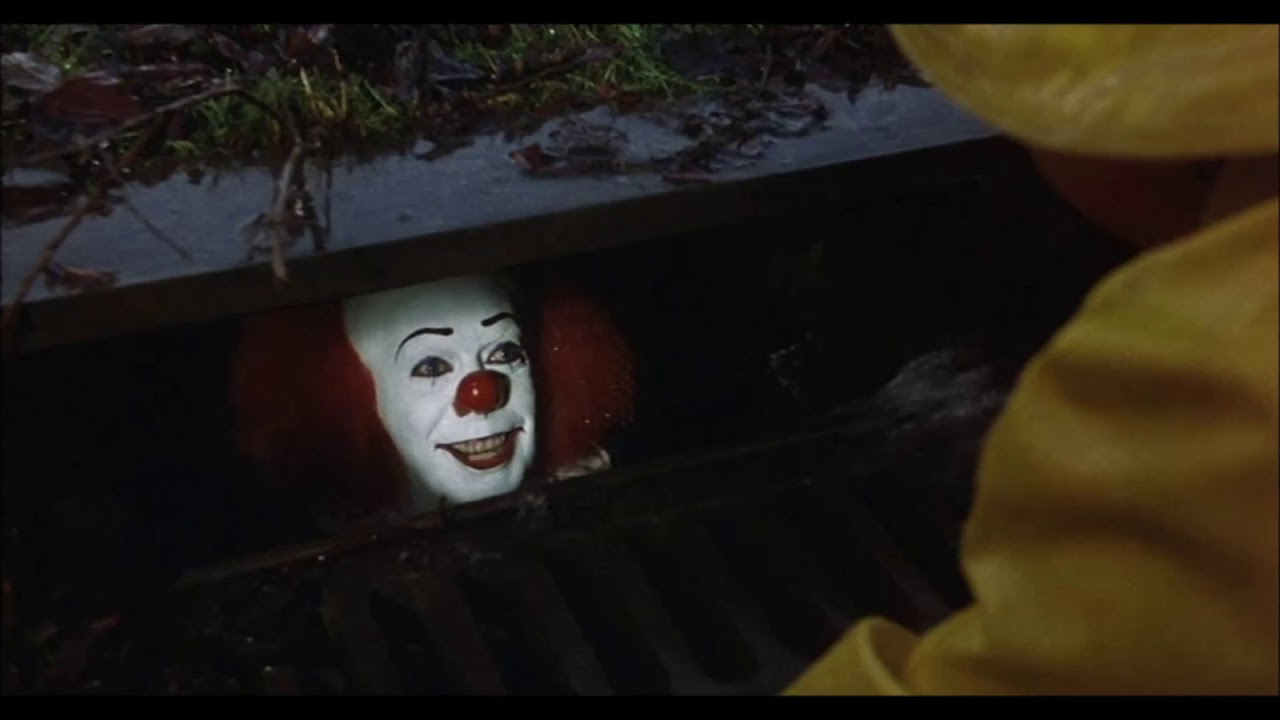 Tim Curry Gets Back Into Character As Pennywise The Clown