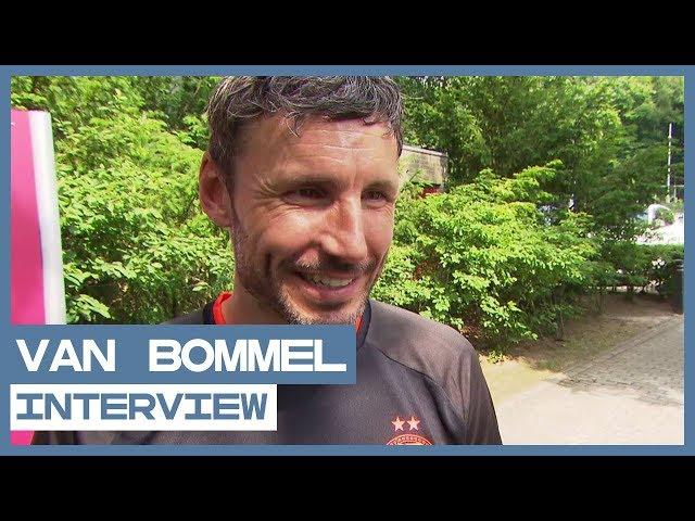 INTERVIEW | Van Bommel over Bergwijn, Afellay en Angeliño