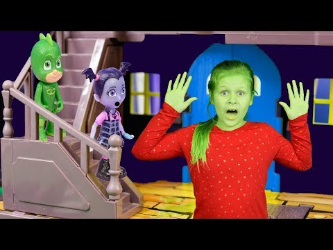 PJ Masks and Vampirina see the Assistant Turn Green Looking For Toys In Spooky House