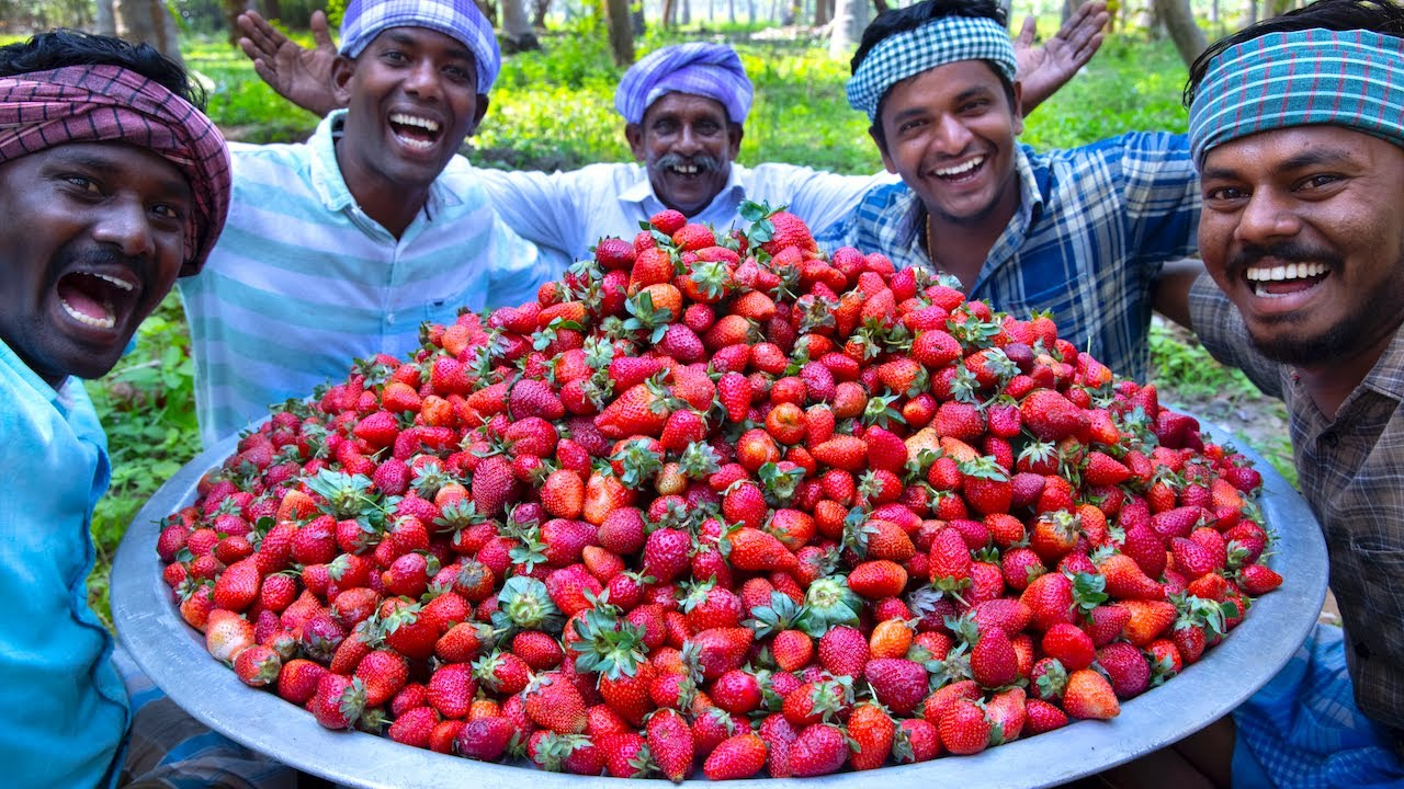 1000 STRAWBERRY | Rava Kesari Recipe using Strawberry Jam | Strawberry Recipe Cooking in Village