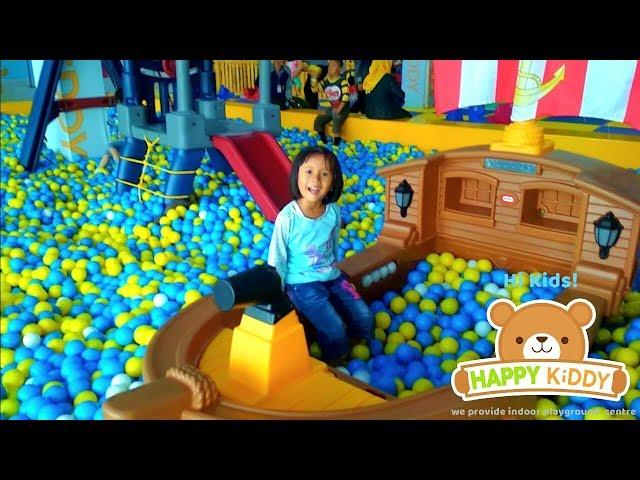 Bermain Di Playground indoor Mall - Happy KiDDY