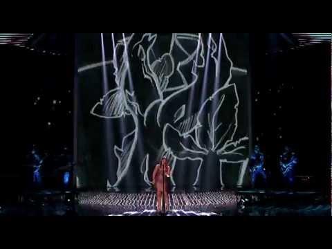 Kelly Clarkson- Stronger (Live)