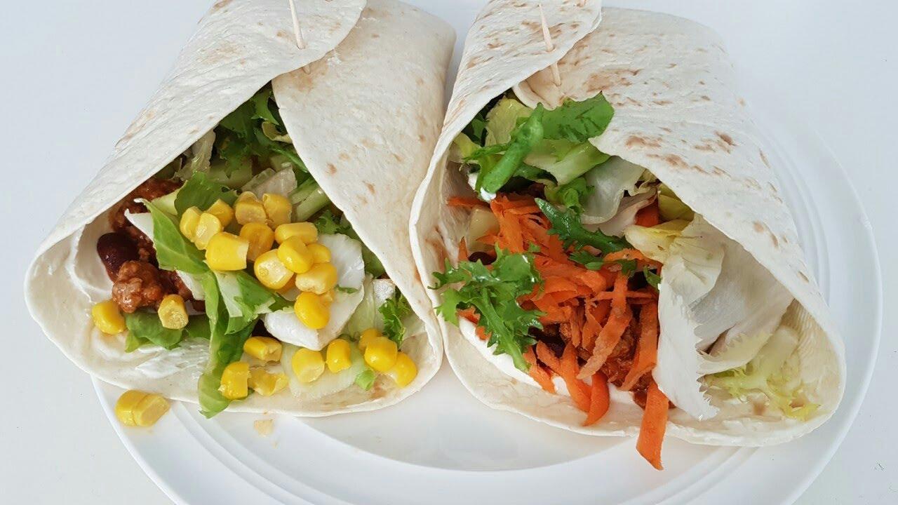 gefüllte Tortilla Wraps mit Hackfleisch und Gemüse zum Mittag