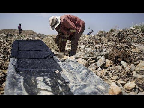 Download Gefährlicher Goldrausch: Stillgelegte Bergwerke ziehen Tausende an