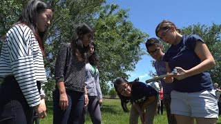 Rice students help improve the soil at a community garden thumbnail