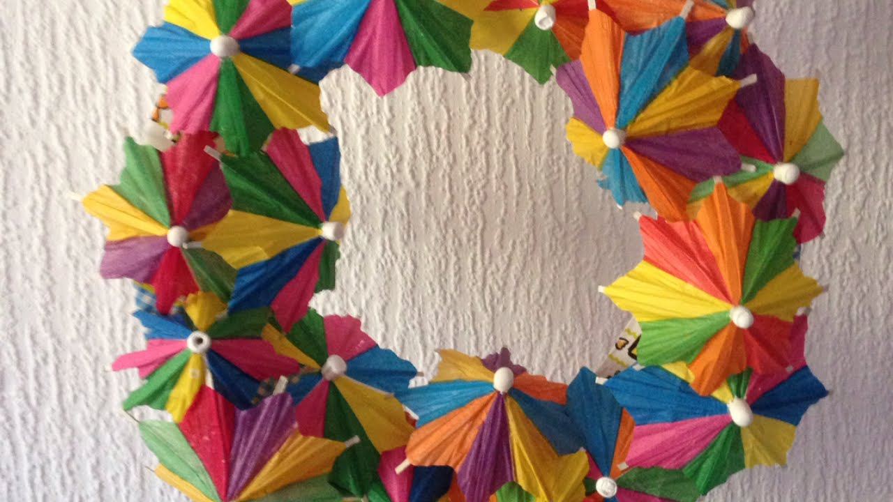 Make A Cute Paper Umbrella Wreath