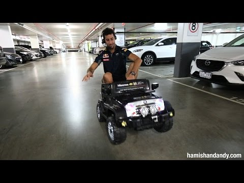 Daniel Ricciardo Wheelies Motorised Kids Car