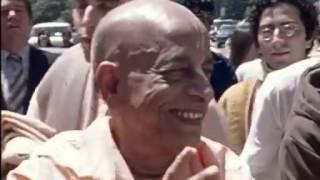 Июнь 1971 Шрила Прабхупада на Ратха-ятре в Сан-Франциско(, 2012-08-03T11:05:52.000Z)