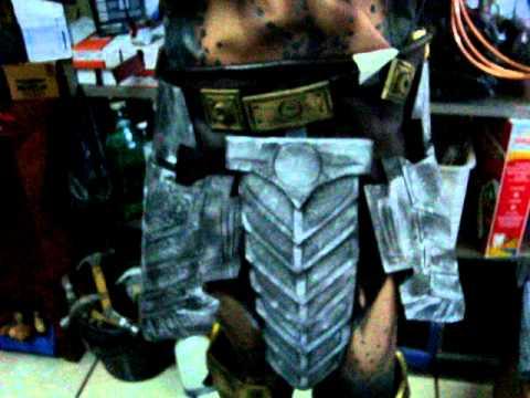 traje predator disfraz depredador - YouTube 83aee157e9a