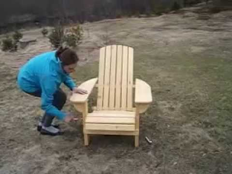 Chaise adirondack pliante youtube for Chaise adirondack bois