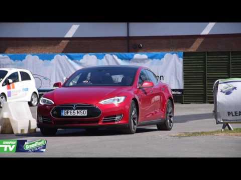 GreenFleet SCOTLAND - Andrew from City Cabs praises the Tesla Model S