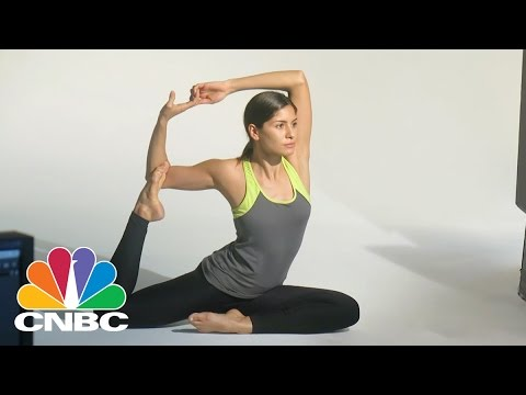 Yoga Clothes Inspired By Indian Culture | Escaping The Cube | CNBC