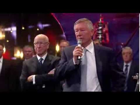 Sir Alex Ferguson Receives Diamond Award At Sports Personality Of The Year 2013