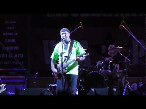 "ŽIVO BLATO - Oprosti mi (Live @ ""Viva la Pola!"" 2012)"