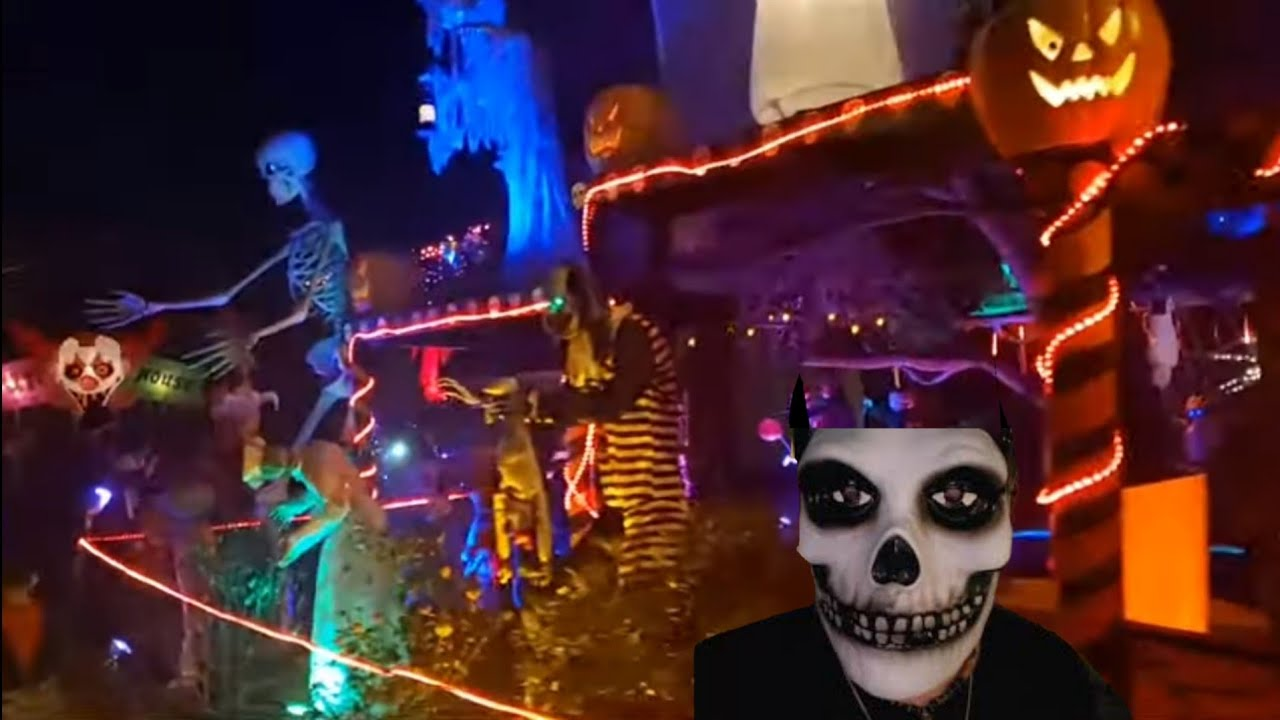 L A S Incredible Home Halloween Haunts During Pandemic 2020 Jordan The Lion Travel Vlog Youtube